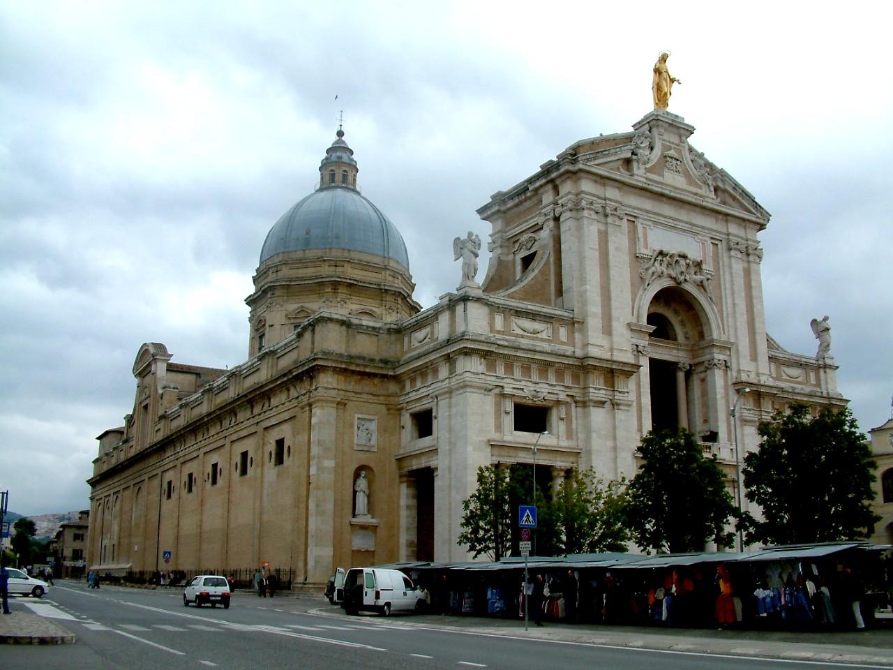Santa Maria degli Angeli e dei Martiri vicino al biancaluna Bed and Breakfast Roma Stazione Termini